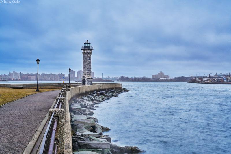 Roosevelt Island ©Tony Gale